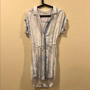 Anthropologie Dresses - Bella Dahl soft chambray belted denim shirt dress